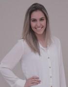 Yasmim Amorim é nutricionista, coaching em emagrecimento e qualidade de vida e professional nutrition coaching. É sócia proprietária do Instituto de Saúde e Bem-estar.